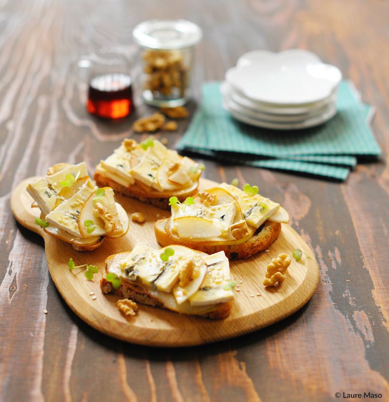 lPHOTO CULINAIRE abelaure blog culinaire recette tartine pain bio sportif noix poire rôtie pavé d'affinais bleu fromagerie Guilloteau