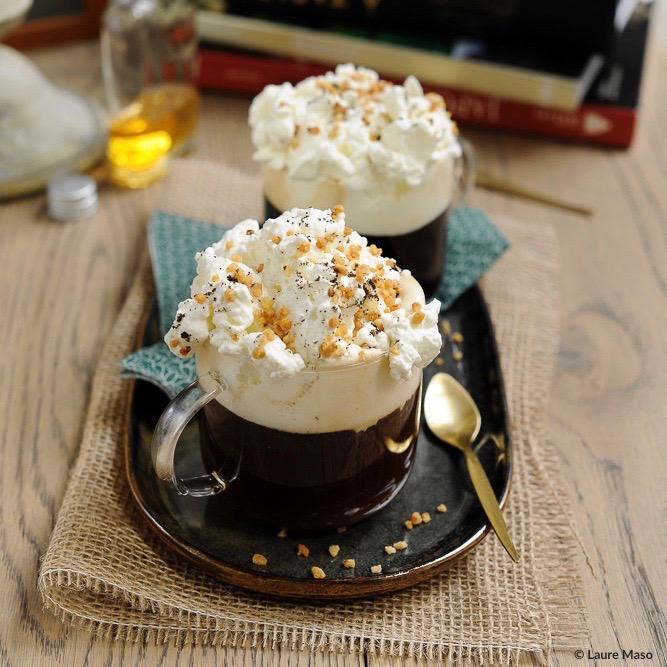 labelaure blog culinaire photographe culinaire recette irish-coffe vanillé éclats de noisette boisson digestif après-ski ballade