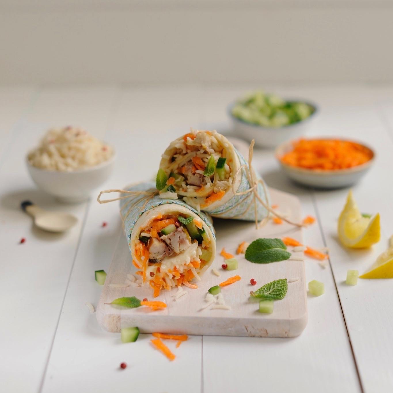 labelaure blog culinaire photographe culinaire food styliste lyon recette saveurs printanières wrap filets maquereau marinés citron carottes râpées des de concombre menthe