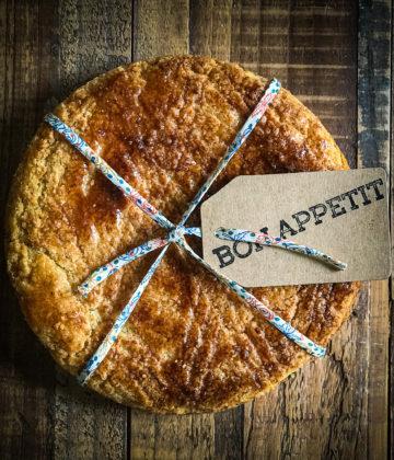 La recette du gâteau breton : une alliance entre le beurre salé et le sucre