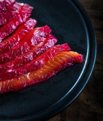 Le saumon mariné façon Gravlax aux épices suaves et boisées